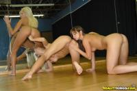 http://t3.pixhost.org/show/2921/15378020_breanne-pick8.jpg