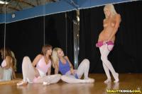 http://t3.pixhost.org/show/2921/15378019_breanne-pick5.jpg