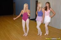 http://t3.pixhost.org/show/2921/15378012_breanne-pick0.jpg
